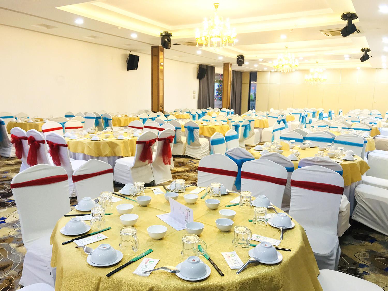 Đặt tiệc tại Nhà Hàng Hải Sản Dìn Ký Hồng Hà có gì đặc biệt?